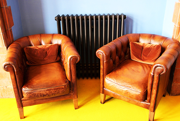 Restoring color to leather furniture is a great challenge.